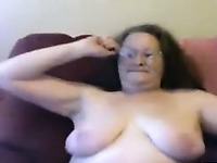 Horny willing mature woman is masturbating on webcam like a total whore