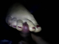best wife pretty redtoenails toejob cumonfeet