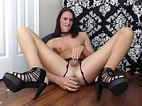 SkyrieRose loves her thick dildo in ass to mouth scene