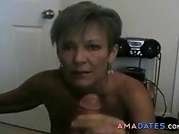 Hot amateur cougar engulf this big cock.