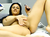 One of the hottest webcam babes played with her pussy for me