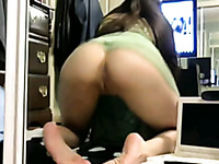 Mouth-watering girlfriend showing her soaking punani on webcam