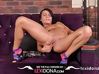 Lexidona - Finger fucking for sexy tanned brunette Czech
