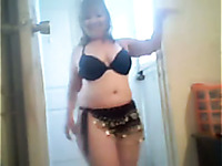 I expose my chubby body and show Arab dance in lingerie