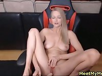 horny blonde babe loves fingering her juicy pussy
