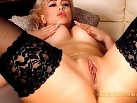 Blonde Sex Goddess Pleasuring Her Self Live On Webcam