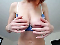 Red haired bright and perfect webcam babe was ready to mesmerize me with curves